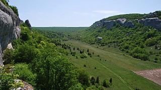 Окрестности пещерного города Эски-Кермен