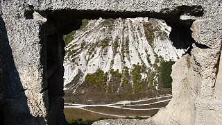 Пещеры Чуфут-Кале