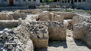 Раскопка общественных бань в Салачике (старая часть города)