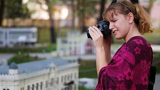 Фотографировать миниатюры парка - невероятно увлекательно!