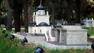 Миниатюры, посвященные севастопольским достопримечательностям