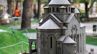 """Миниатюра """"Армянская церковь в Ялте"""""""