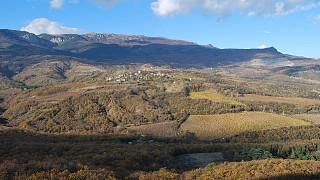 Предгорные долины. Вид на Бабуган Яйлу