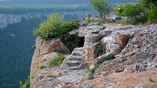 """Пещеры """"верхнего уровня"""" Тепе-Кермена"""