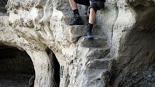 На средневековой лестнице