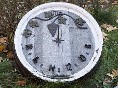 Солнечные часы, созданные руками одного из умельцев завода