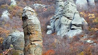 Причудливые каменные изваяния Южной Демерджи