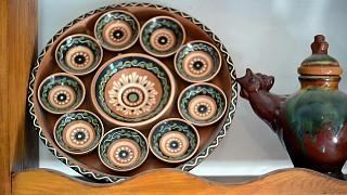 Старинная тарелка для пасхальных яиц