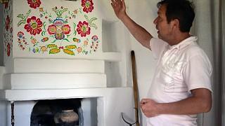 Роспись на печи также глубоко символична
