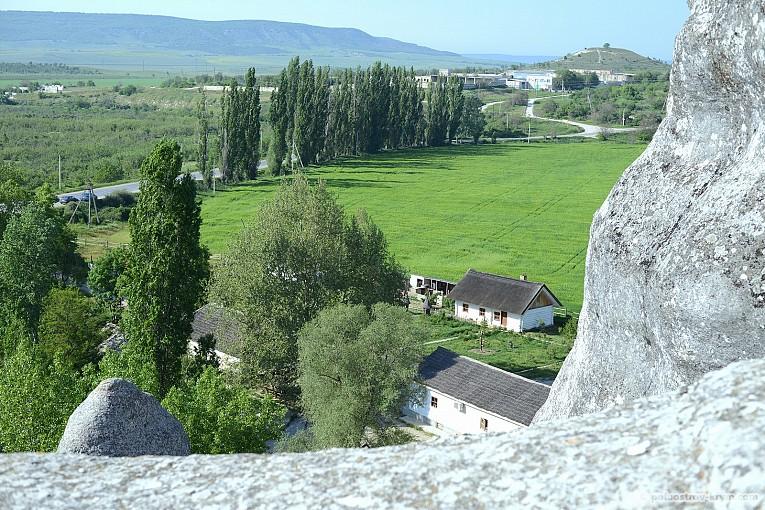 """Вид на """"Родное село"""" с горы Крокодил"""