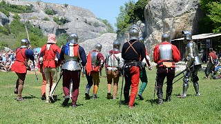 Реконструкция средневекового сражения