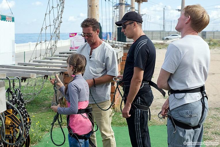 Инструктор Андрей рассказывает о принципах страховки