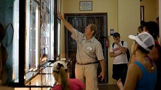 На экскурсии в музее природы Карадага