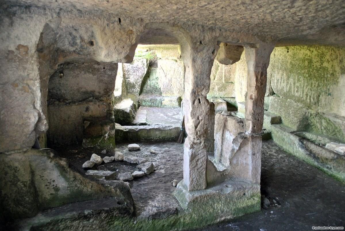 Пещера Тепе-Кермен