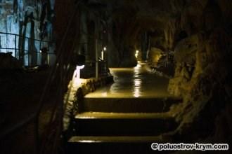 Пещера прекрасно оборудована. Фото Ольги Иутиной